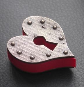 Keyhole Heart Pendant - pic3
