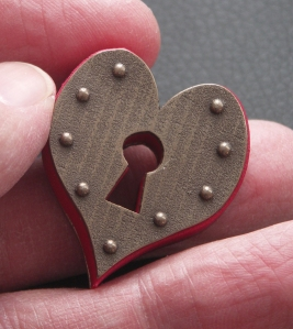 Keyhole Heart Pendant - pic2