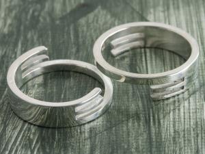 Interlocking Rings 1