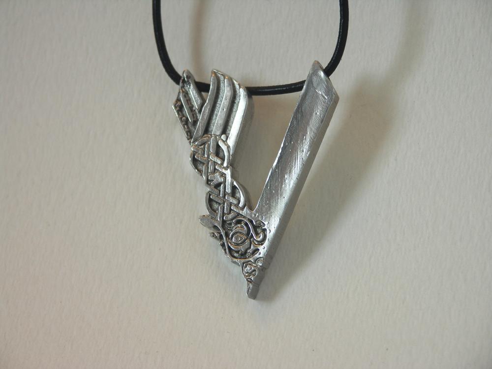 vikings pewter pendant cast in canada third